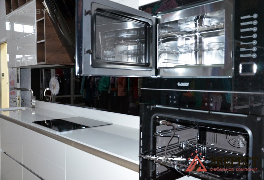 Кухня из МДФ крашенного №13
