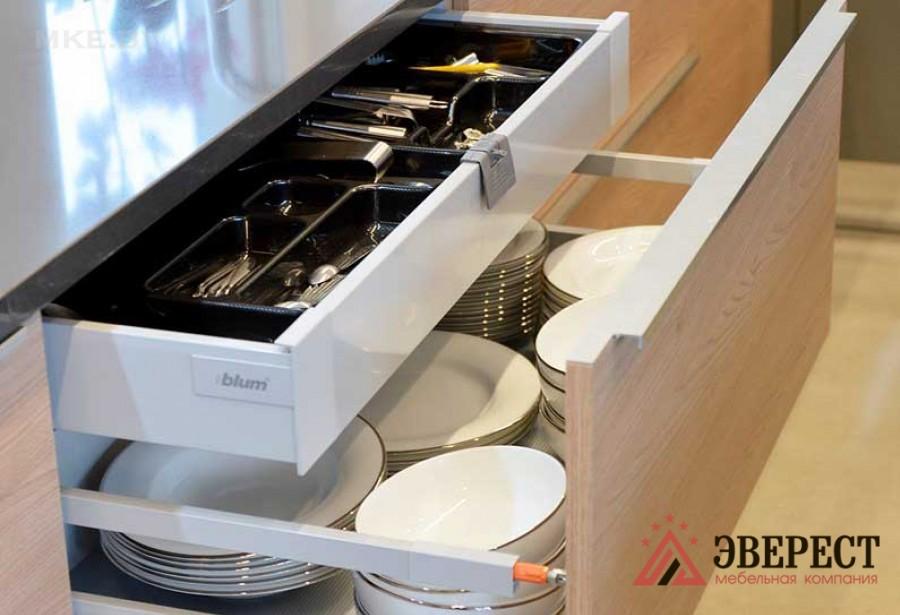 Кухня из акрила № 25