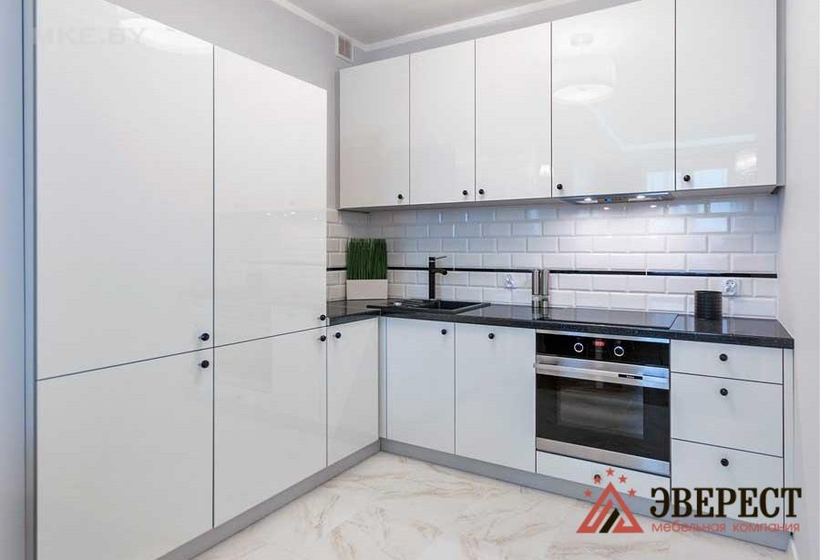 Угловая кухня №29