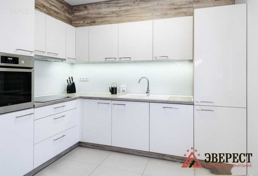 Угловая кухня №31