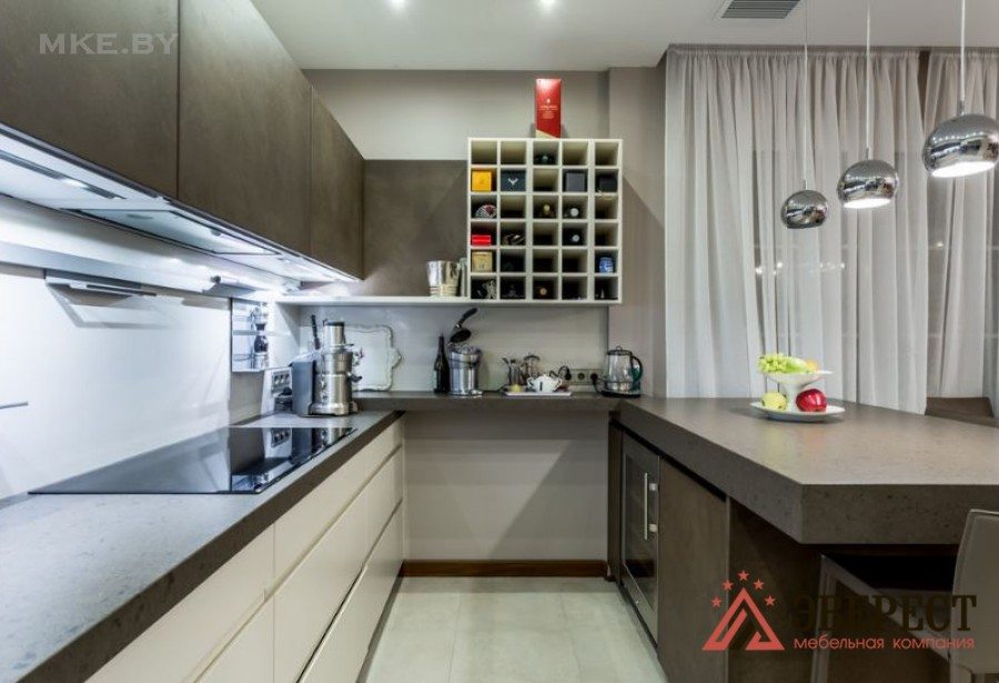 П - образная кухня №02