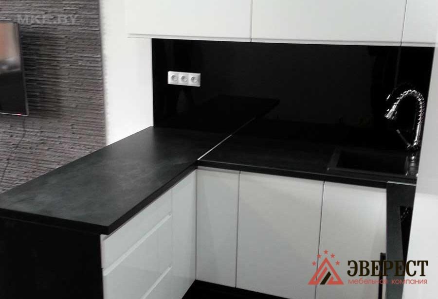 П - образная кухня №05