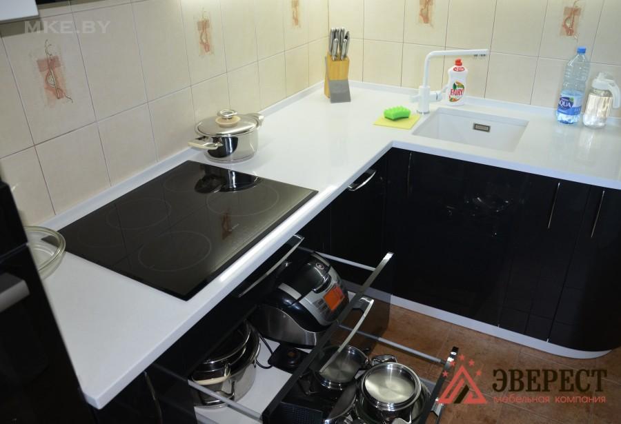 Угловая кухня №42