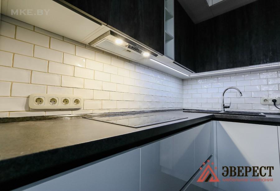 Угловая кухня №43
