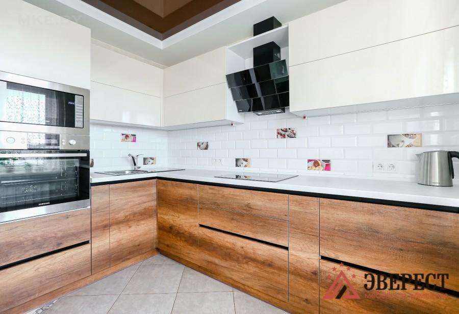 Угловая кухня №44