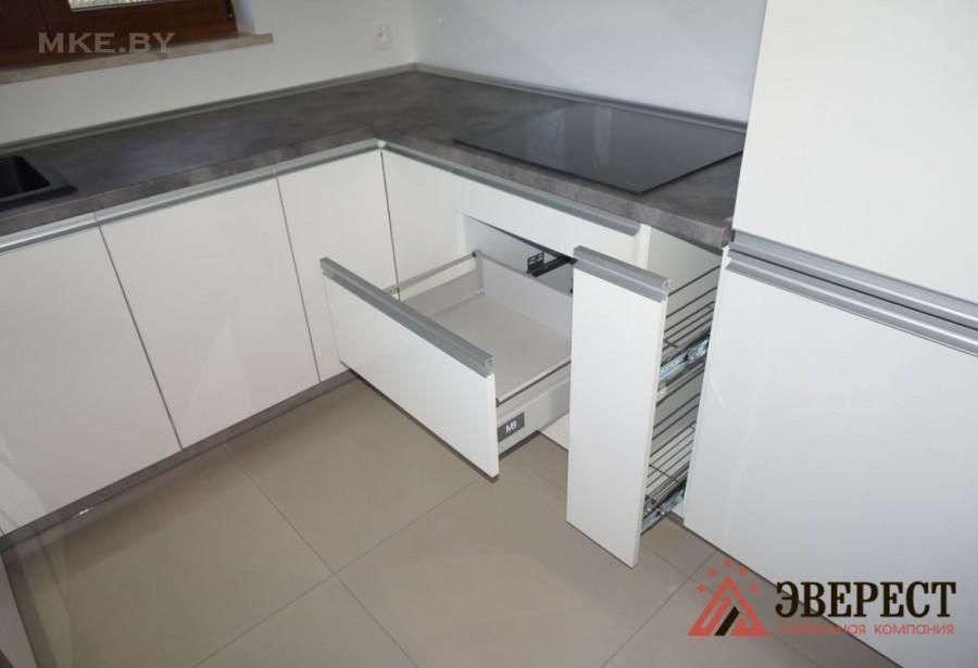 П - образная кухня №21