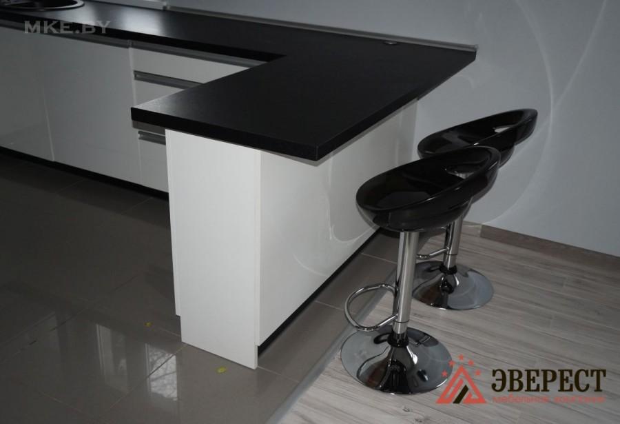 П - образная кухня №23