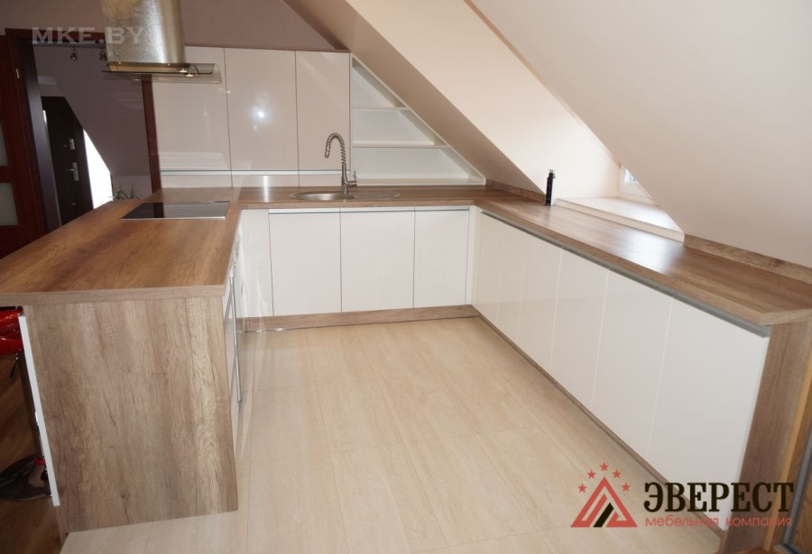 П - образная кухня №24