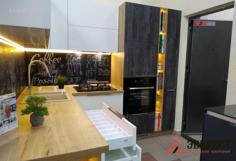 Угловая кухня №82