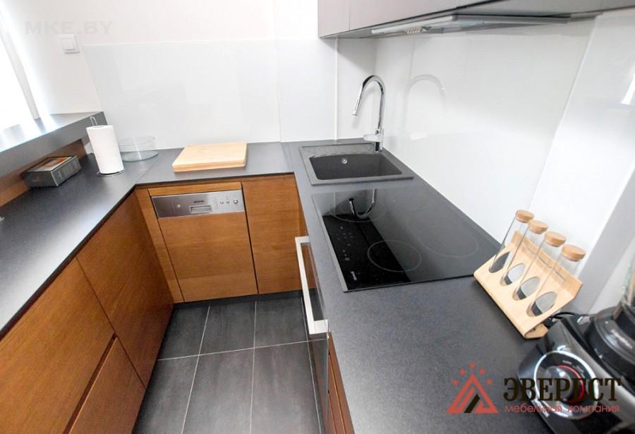 П - образная кухня №60