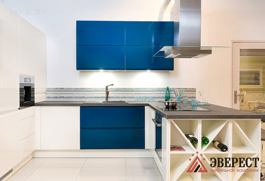 П - образная кухня №64
