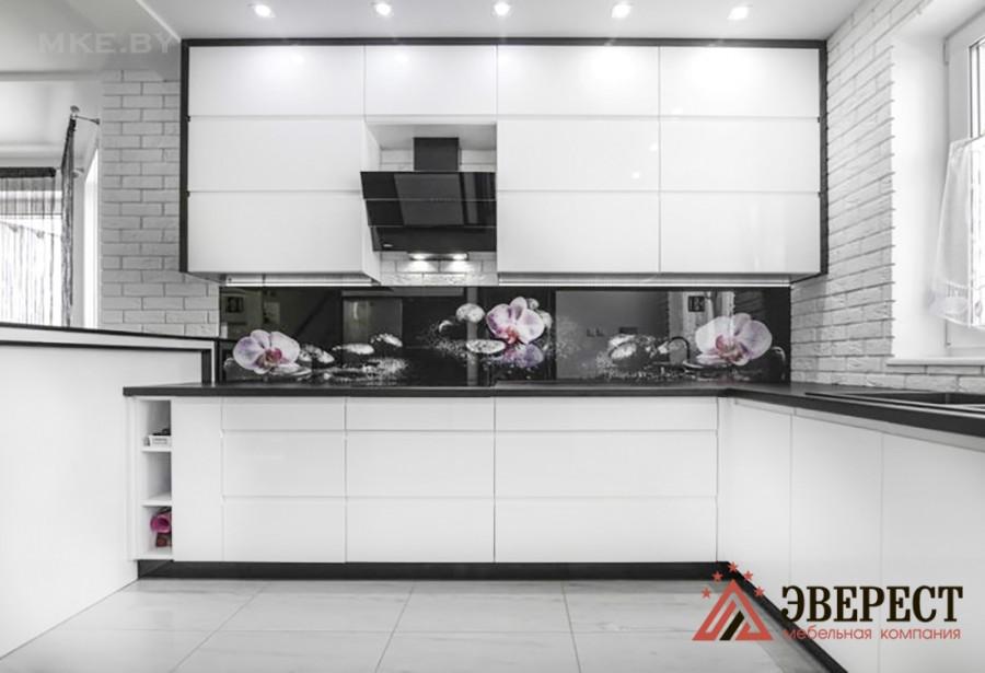 П - образная кухня №66