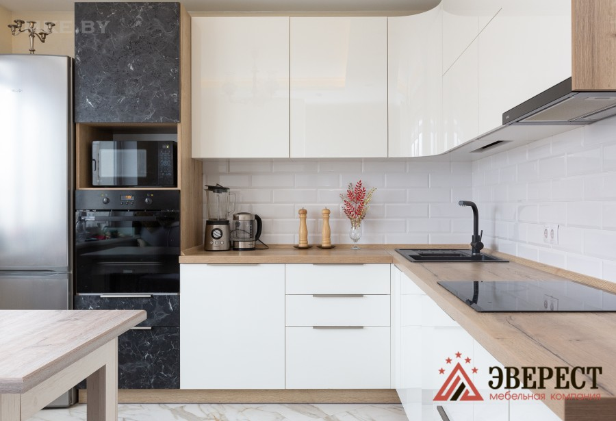 Угловая кухня под заказ в Минске