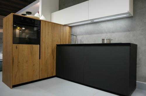 Кухня из пластика Феникс №5